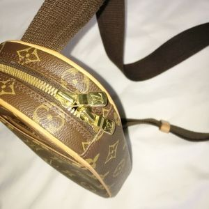 Bags - Authentic Louis Vuitton Monogram bumbag crossbody
